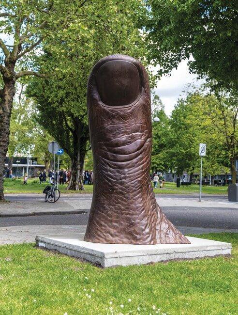 César – 'The Thumb' (1965-1991)